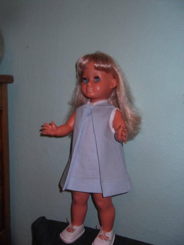 Héléna, essai de robes, première.