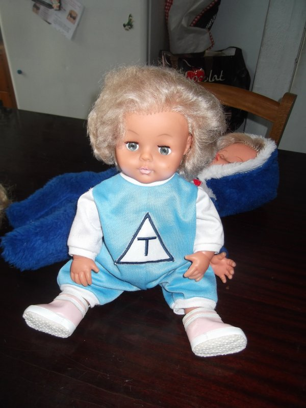 Vente de poupées pour Martine: la suite!