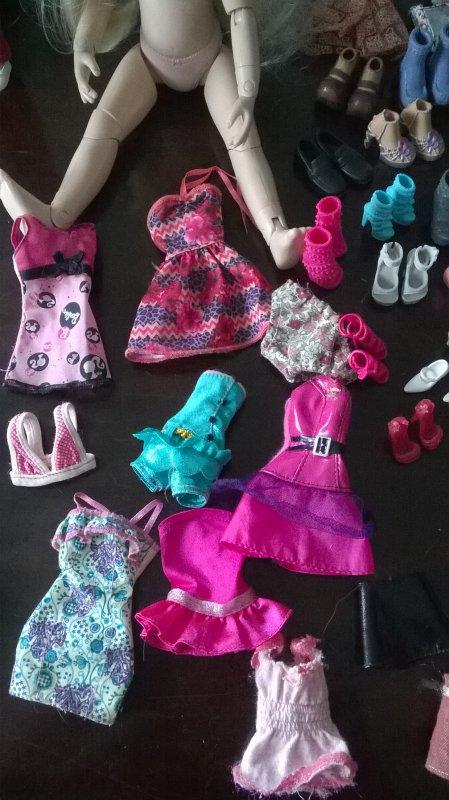 Barbie fashionistas et tenues