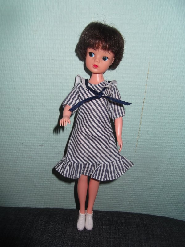 1983 party girl Sindy