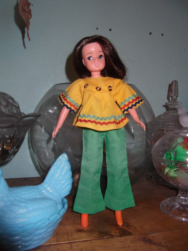Sindy, the doll you love to dress*