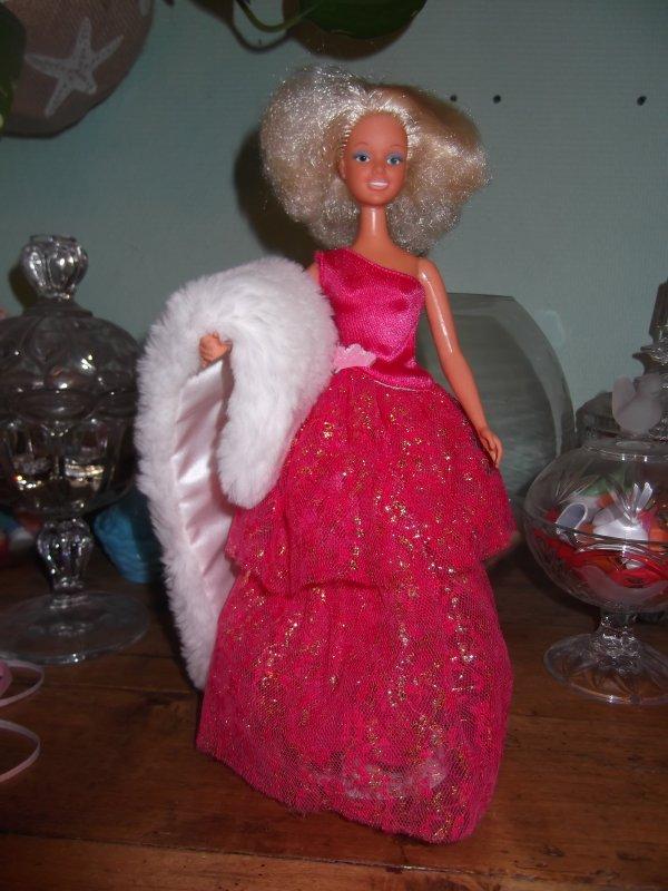 Berthe a une nouvelle robe