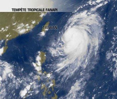 Nouveau typhons Fanapi vers Taïwan !