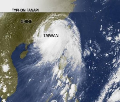 Le typhon Fanapi aborde la Chine.
