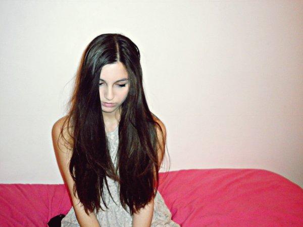 ✘ Homesick   - Justine  -