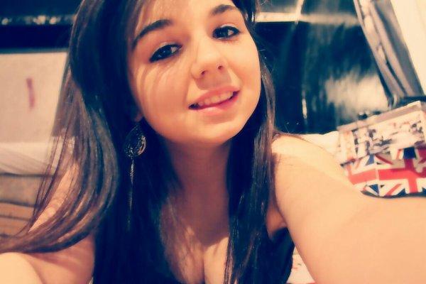 Certe je ne suis pas parfaite , mais soyons réaliste , tout le monde a des defauts , personne n'est parfait ... ♥♡