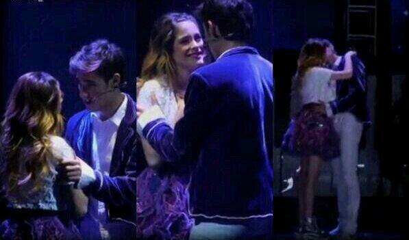 Il y a eu peut-être 1 baiser Leonetta dans Violetta 2 ♥ Mais il y a eu 200 Baiser Leonetta dans ViolettaEnVivo ♥