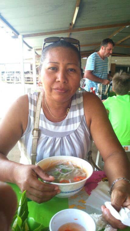 Moi devant une bonne soupe