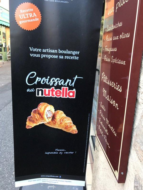 Croissant au Nutella.