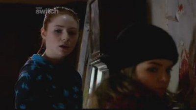 "Karen Gillan dans ""The Well"" (2009)"