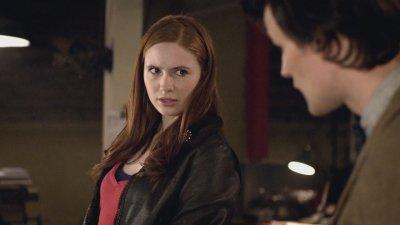 "Karen Gillan dans ""Doctor Who"" (2010)"