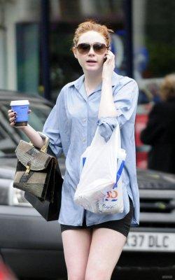 Karen Gillan en 2010 (Suite)