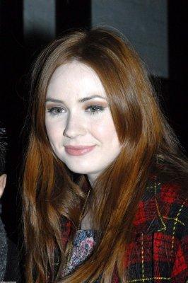 Karen Gillan en 2011 (Suite)