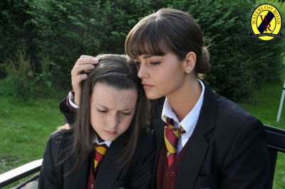 "Jenna Coleman dans ""Waterloo Road"" (2009)"