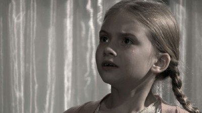 "Emilia Jones dans ""House of Anubis"" (2011)"