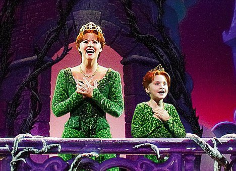 "Emilia Jones dans ""Shrek the Musical"""