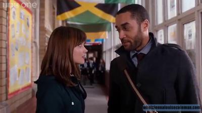Jenna Coleman Trailer de l'épisode 6 de la saison 8 (The Caretaker)
