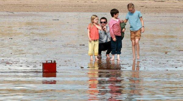 """Emilia Jones Nouvelles images de """"What we did on our holiday"""""""