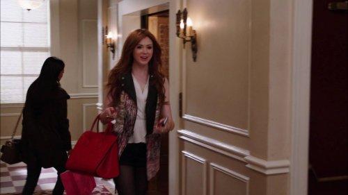 "Karen Gillan ""Selfie"" Episode 7 ""Landline"" Screencaptures"