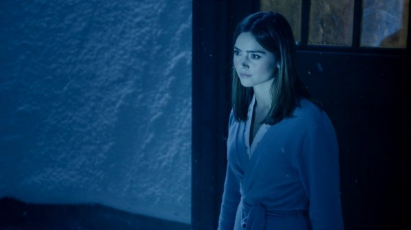 "Jenna Coleman ""Last Christmas"" Screencaptures"