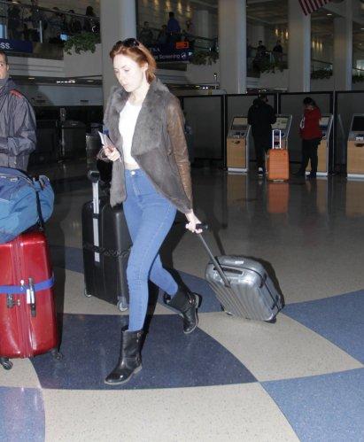 Karen Gillan à l'aéroport de Los Angeles le 15 janvier 2015