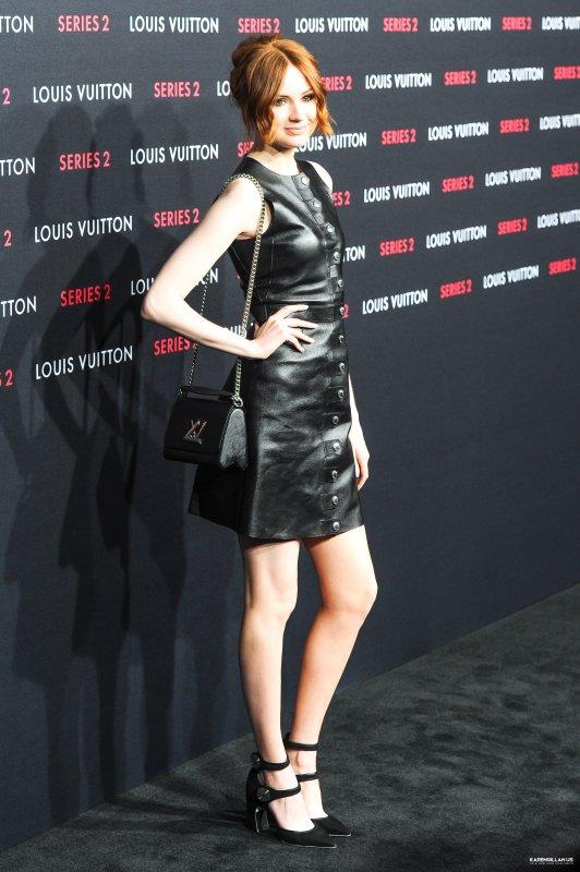 """Karen Gillan au Louis Vuitton """"Series 2"""" The Exhibition In Hollywood le 5 février"""