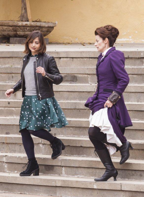 Jenna Coleman sur le tournage de la saison 9 de Doctor Who le 27 février en Espagne