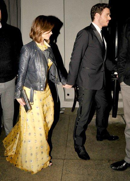Jenna Coleman sortant de la Première de Cinderella à Los Angeles le 1er mars
