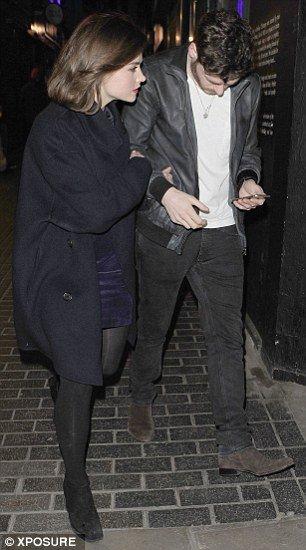 Jenna Coleman quittant le club The Box à Soho le 20 mars