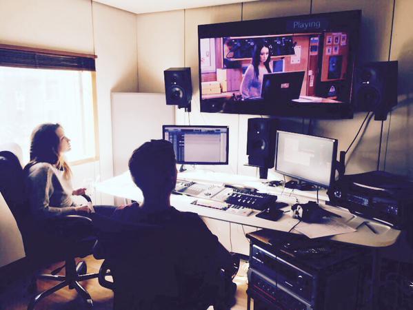 Talulah Riley: deux nouvelles images sur Twitter (11 avril), Jenna Coleman; une nouvelle image sur Instagram (11 avril)