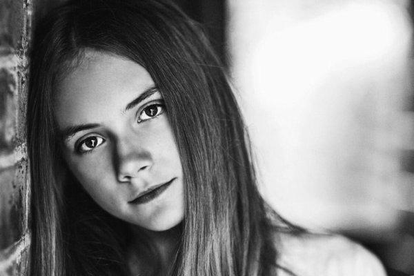 Emilia Jones: Photoshoot réalisé par Samantha Lee