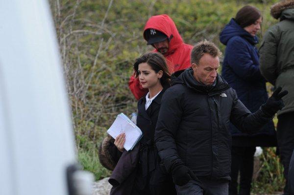 Jenna Coleman sur le tournage de la saison 9 de Doctor Who le 18 mai