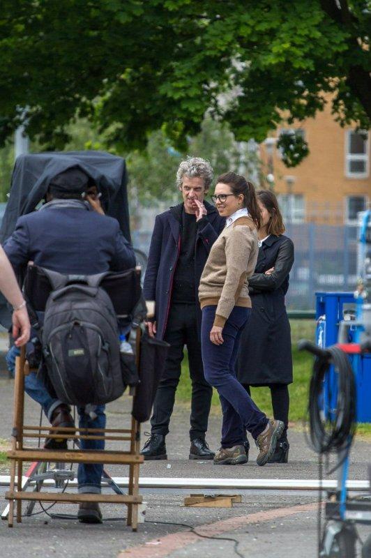 Jenna Coleman sur le tournage de la saison 9 de Doctor Who le 25 mai