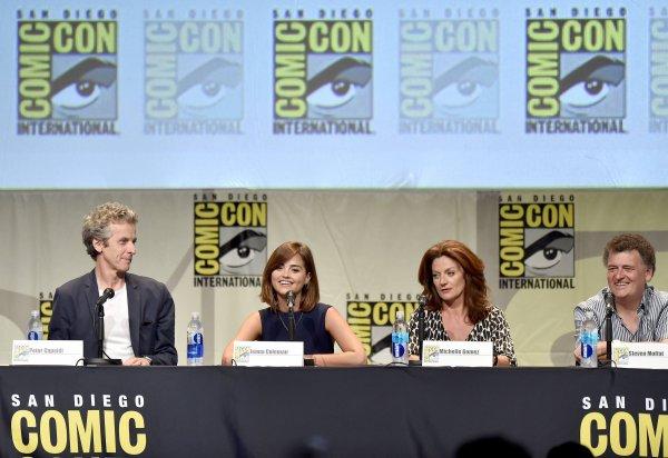 Jenna Coleman au Comic Con de San Diego Doctor Who Panel le 9 juillet 2015