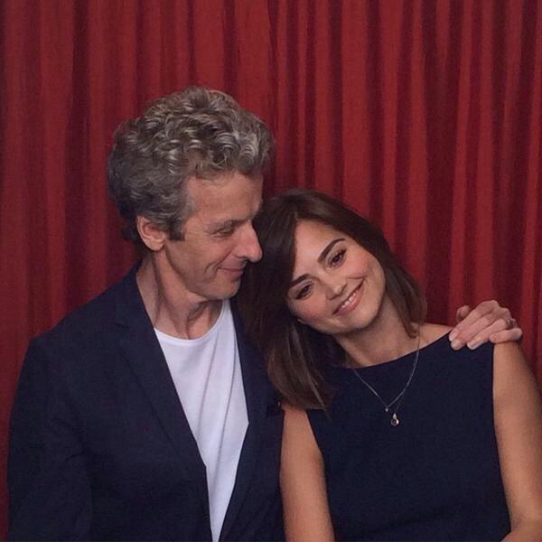 Jenna Coleman: Photoshoot pour TV Guide au Comic Con de San Diego (Juillet 2015)