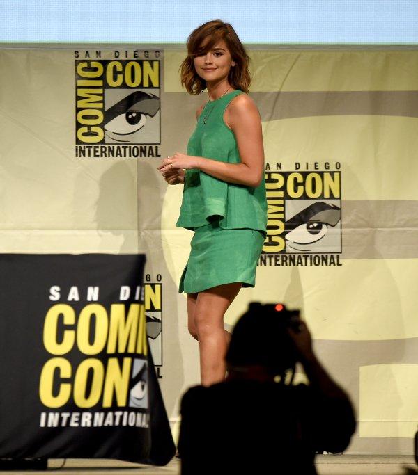 """Jenna Coleman au """"Women Who Kick Ass"""" Panel pendant le Comic Con de San Diego le 11 juillet 2015"""