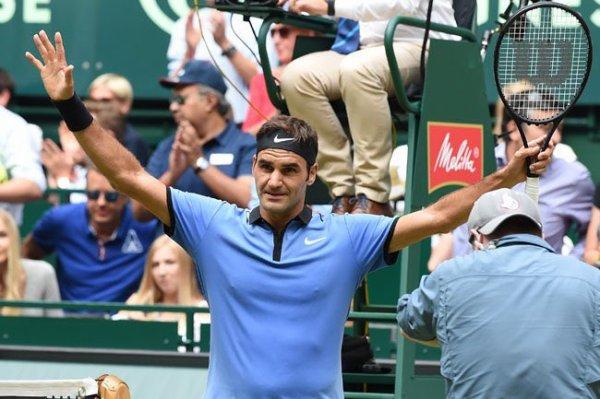 ATP - Halle - 9e titre pour Roger Federer qui balaye Zverev