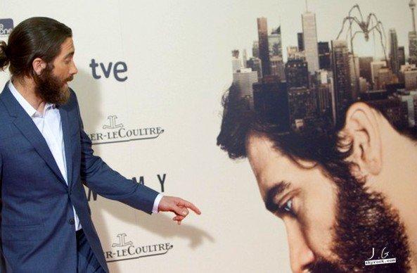 |Events|Avant première de An Enemy à Madrid. Pas de Mélanie Laurent ou de Denis Villeneuve en vue. Jake est très élégant et reste beau gosse.  20.03.14 EDIT : des photos sur le set sont apparues. Jake est passé par tous les types de barbe..