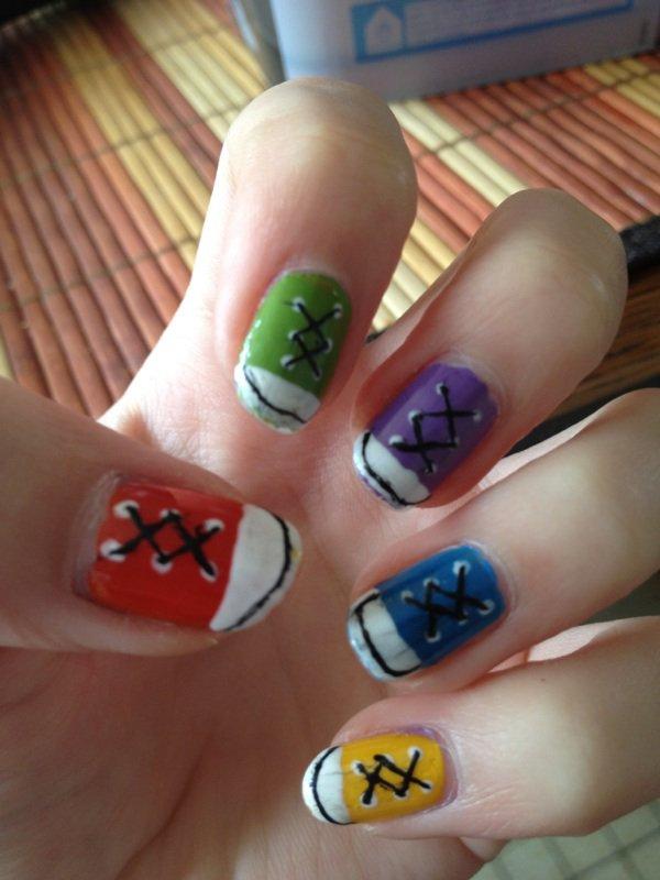 """Nail Art  """"Converse"""""""