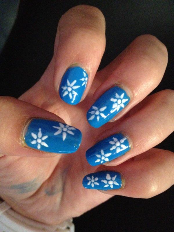 """Nail Art  """"Fleurs Blanches"""""""
