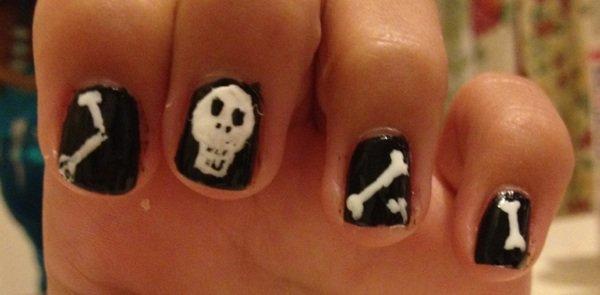 """Nail Art  """"Mort"""""""