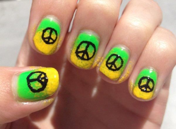 "Nail Art ""Peace & Love"""