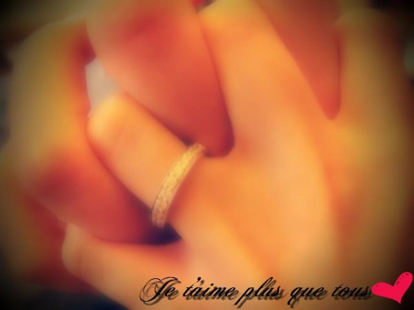 3 . O C T O B R E . 2O1O .. 4 ANS ♡  ; Je t'aime plus que tous mon Fiancé <3'