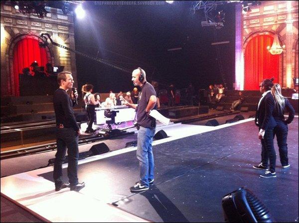 . 11/10/2011: Quelques heures avant la finale de La meilleure danse en direct sur W9 à 20H50..