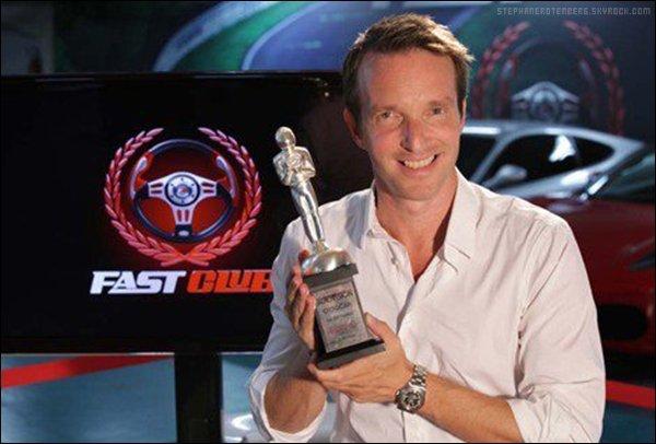 . 09/2011: Stéphane a reçu le prix du Festival international du film et du multimédia automobile de Francfort dans la catégorie Meilleur reportage et documentaire TV pour son émission Fast Club..