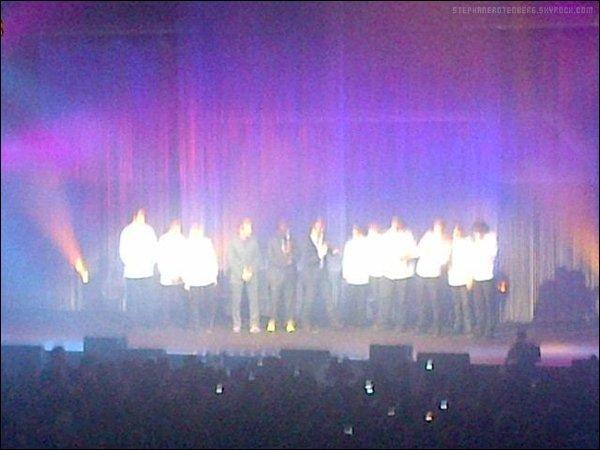 . Fin 2011: Tournage de Top Chef, saison 3 au Zénith d'Amiens. (Photo trouvée sur ce compte Twitter).