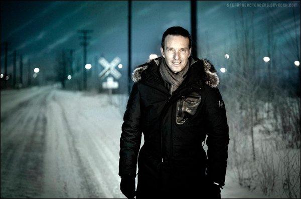. 01/2012: Photoshoot pour Le convoi de l'extrême: le retour des héros, diffusée sur W9..