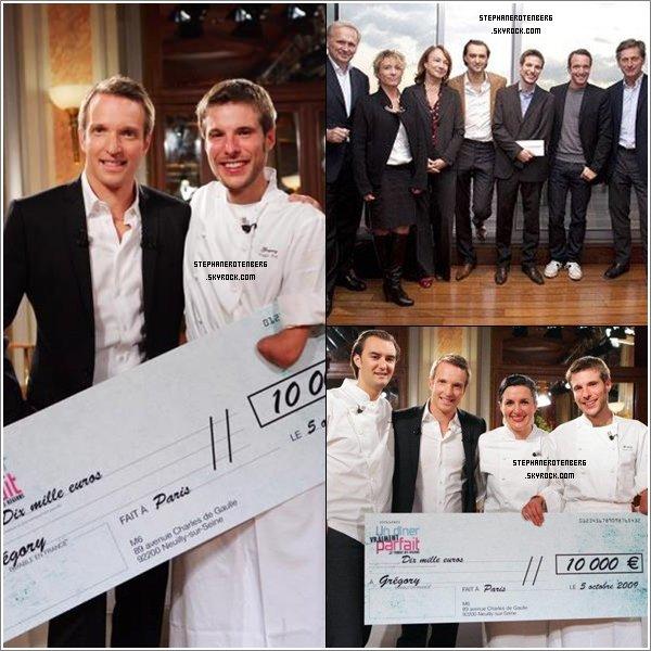 . 2009: Remise de chèque au gagnant Grégory Cuilleron (Un dîner presque parfait: Le combat des régions)..