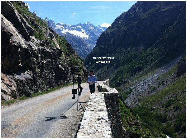 . 2011: Tournage du Convoi de l'Extrême: La route de l'Himalaya..