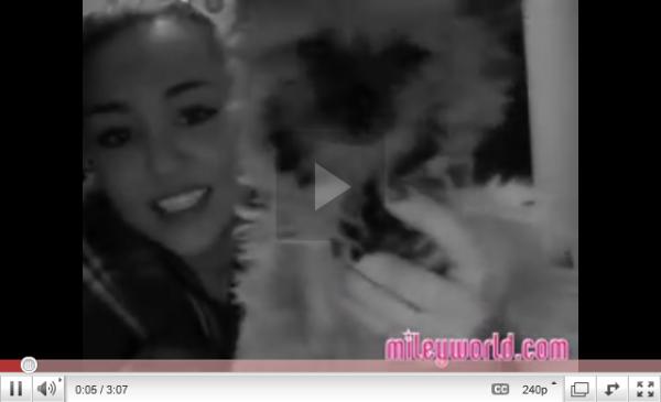 Miley à Haïti + Nouvelle vidéo MileyWorld.